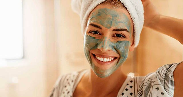 3 Reasons Why You Need to Apply a Face Mask, Starting Today.